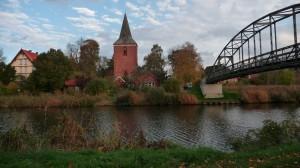 Berkenthin mit Kirche und Brücke