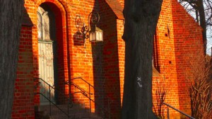 St Nikolai, E1 mit Stufen