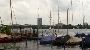 Heinrich Hertz Turm und Hotel Radisson zum ersten Mal in Sicht