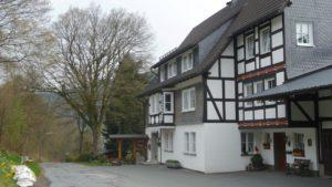 E1-043 (Oberkirchen -Schanze- Weidenhausen) 29 km laut GPS auf dem E1, 4 Caches gehoben